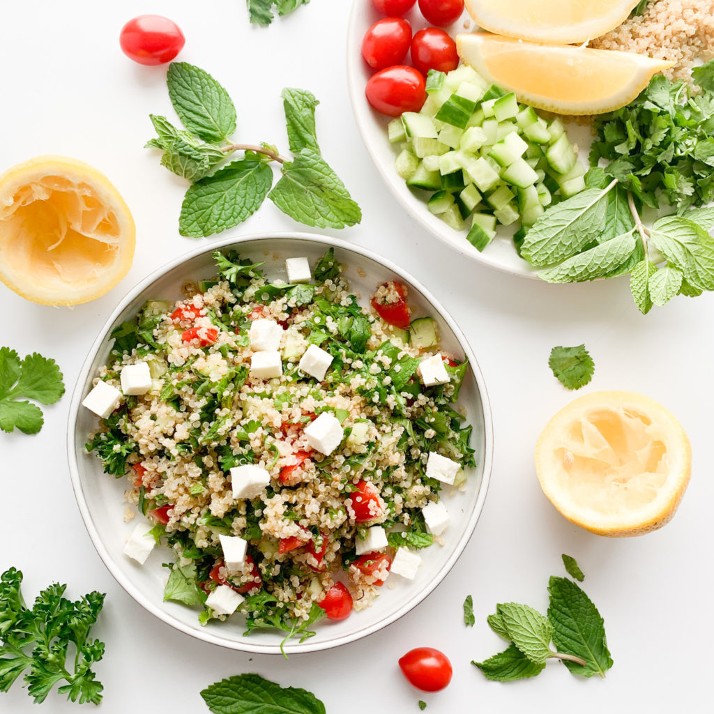 A healthy gluten-free quinoa salad made with simple fresh ingredients and a bunch of fresh herbs. This healthy cold quinoa salad is perfect for meal prep.