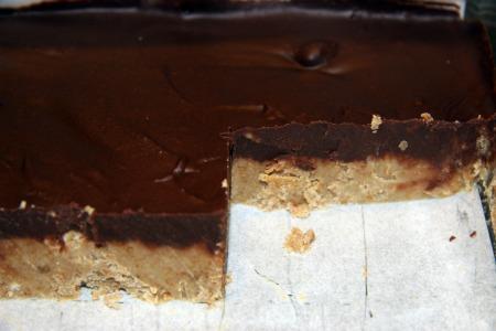 gluten free no peanut butter cup bars recipe