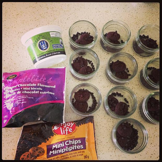 gluten free mini chocolate chip cheesecake