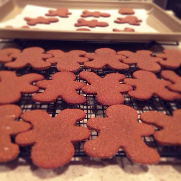 gluten-free-vegan-gingerbread-people