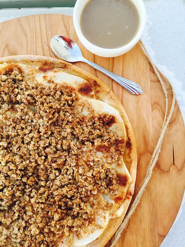 gluten free dairy free apple crumble pizza recipe