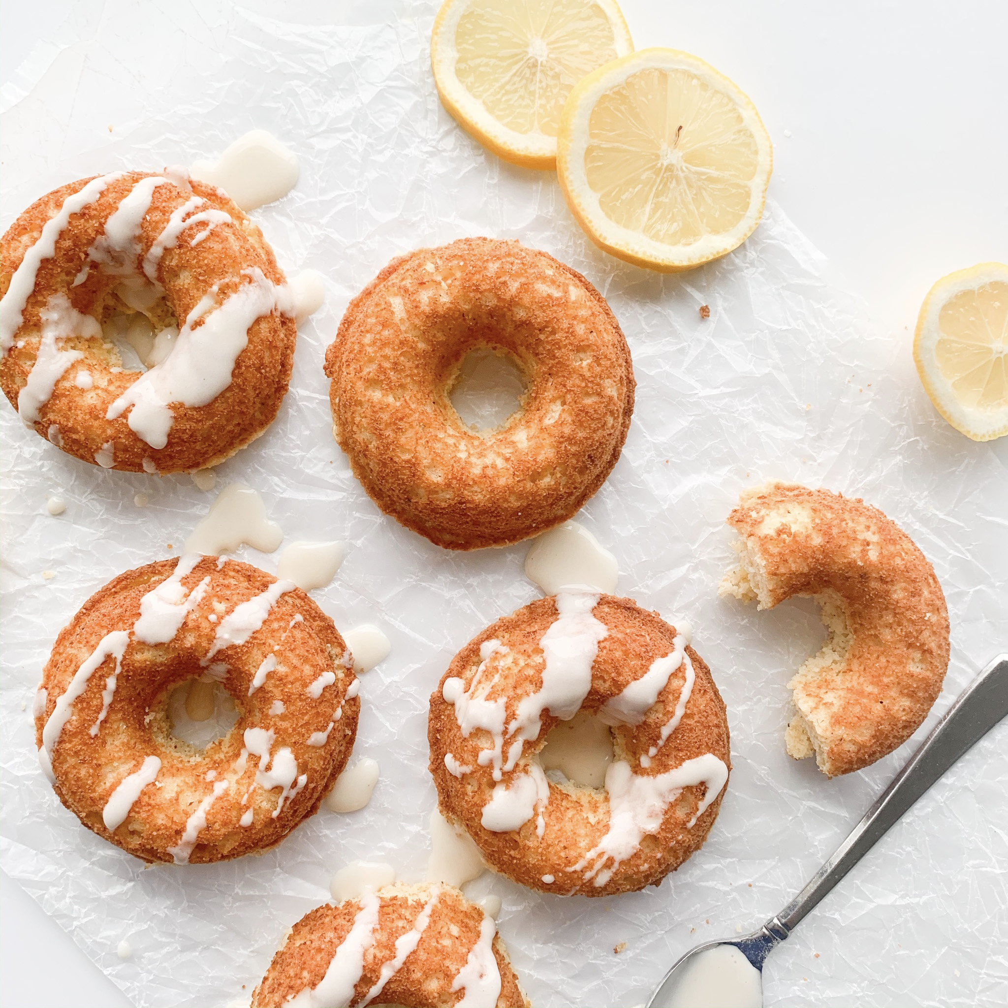 These delicious low carb and gluten-free lemon donuts are a great keto treat.