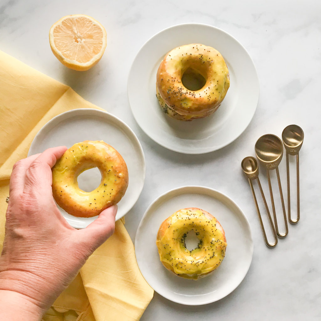 These easy to make gluten-free lemon poppyseed donuts are made with simple ingredients and are loaded with lemon flavour.