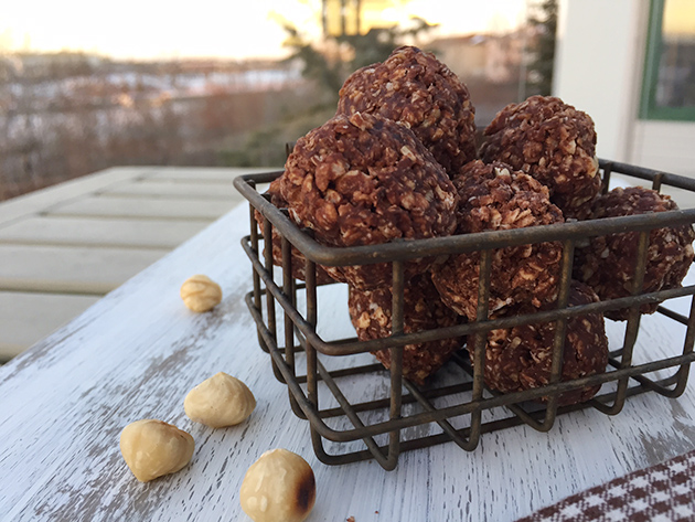 These gluten-free no bake Nutella balls are easy to make.