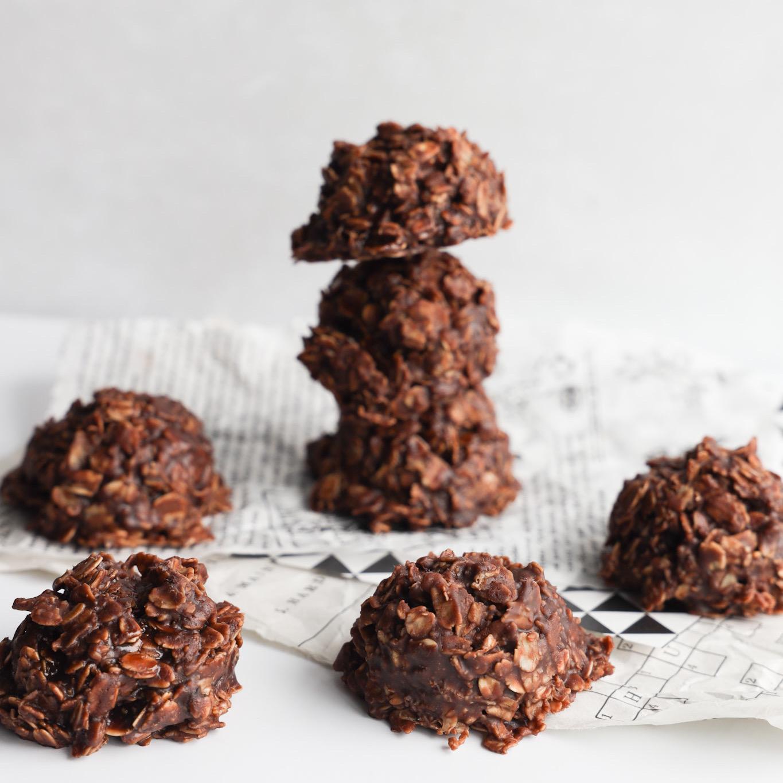 No-Bake Gluten-Free Chocolate PB Cookies
